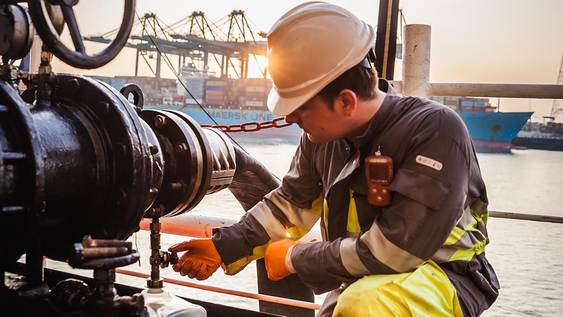 On/Off-Hire Bunker Survey - Global Marine Fuel Services | Bureau ...